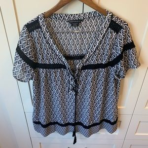 Addition Elle Black and White Peasant Blouse